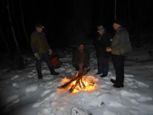 Ugglekvällen den 12 mars. Grillbrasa vid Dalbacken. Foto: Einar Marklund